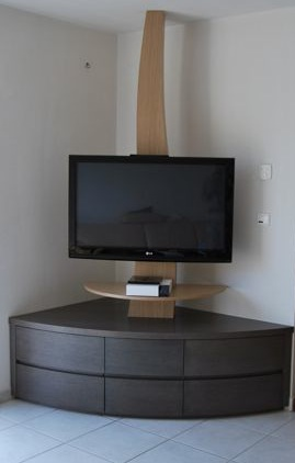 Meuble tele coin design table de lit for Meuble tv hifi design