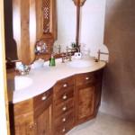 Meuble de salle de bains massif